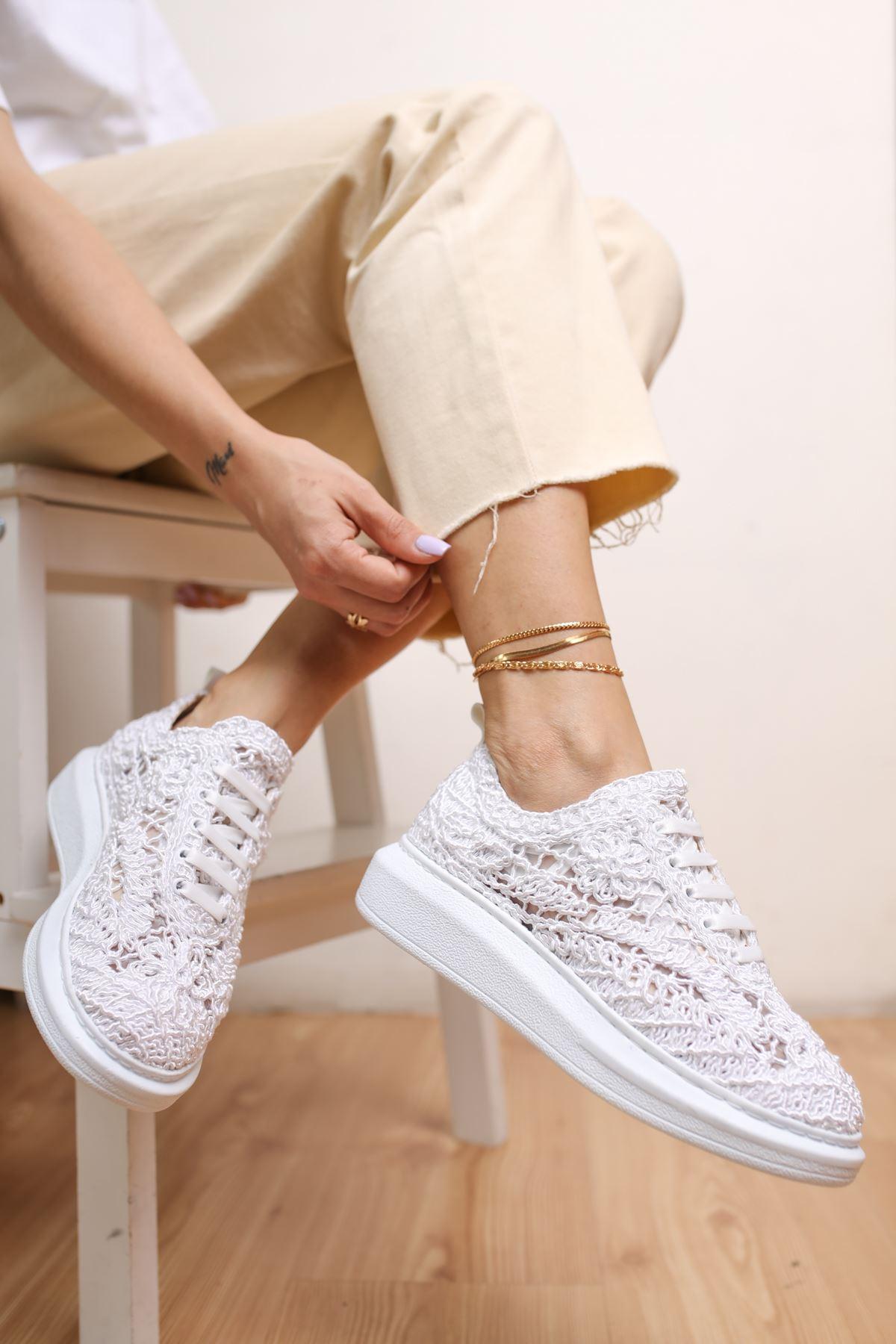 Rosa Beyaz Dantel Kadın Spor Ayakkabı