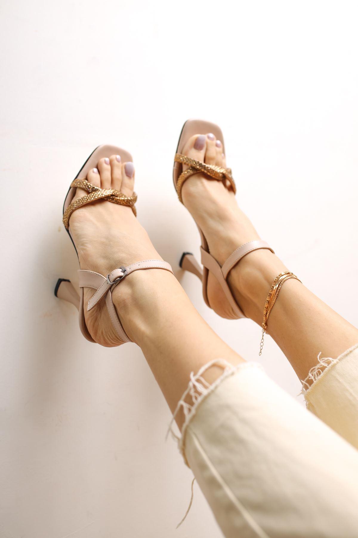 Edda Vizon Mat Deri Taşlı Kadın Topuklu Ayakkabı
