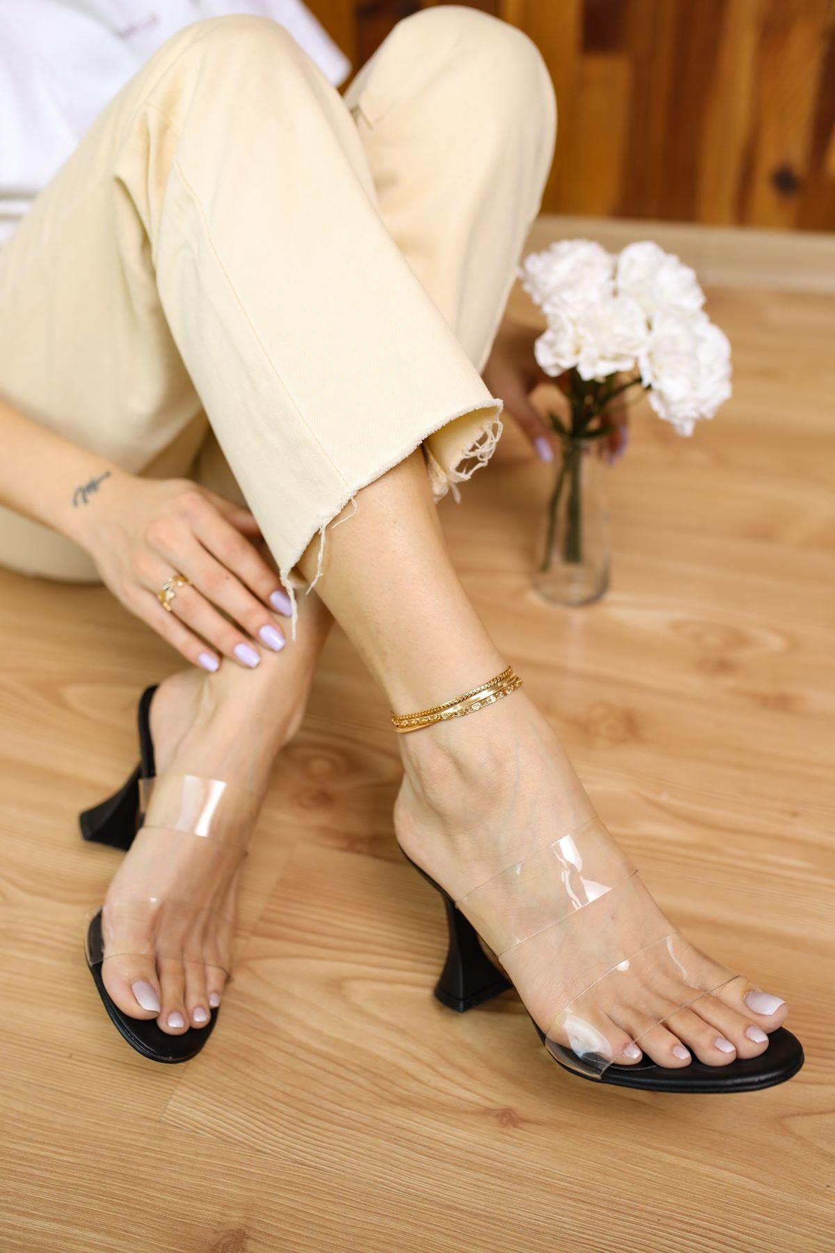 Faus Siyah Mat Deri Şeffaf Kadın Topuklu Ayakkabı