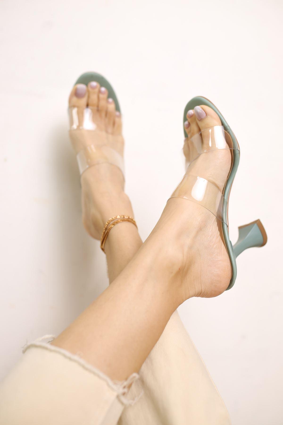 Faus Yeşil Mat Deri Şeffaf Kadın Topuklu Ayakkabı