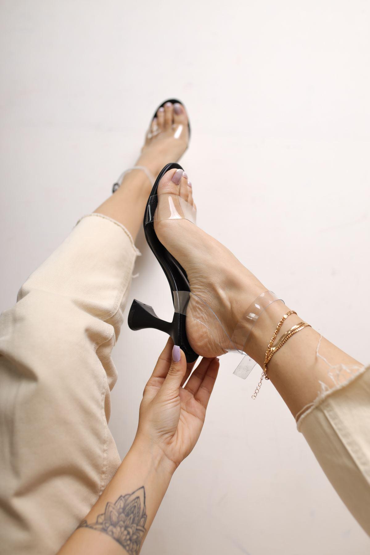 Oleg Siyah Mat Deri Şeffaf Kadın Topuklu Ayakkabı