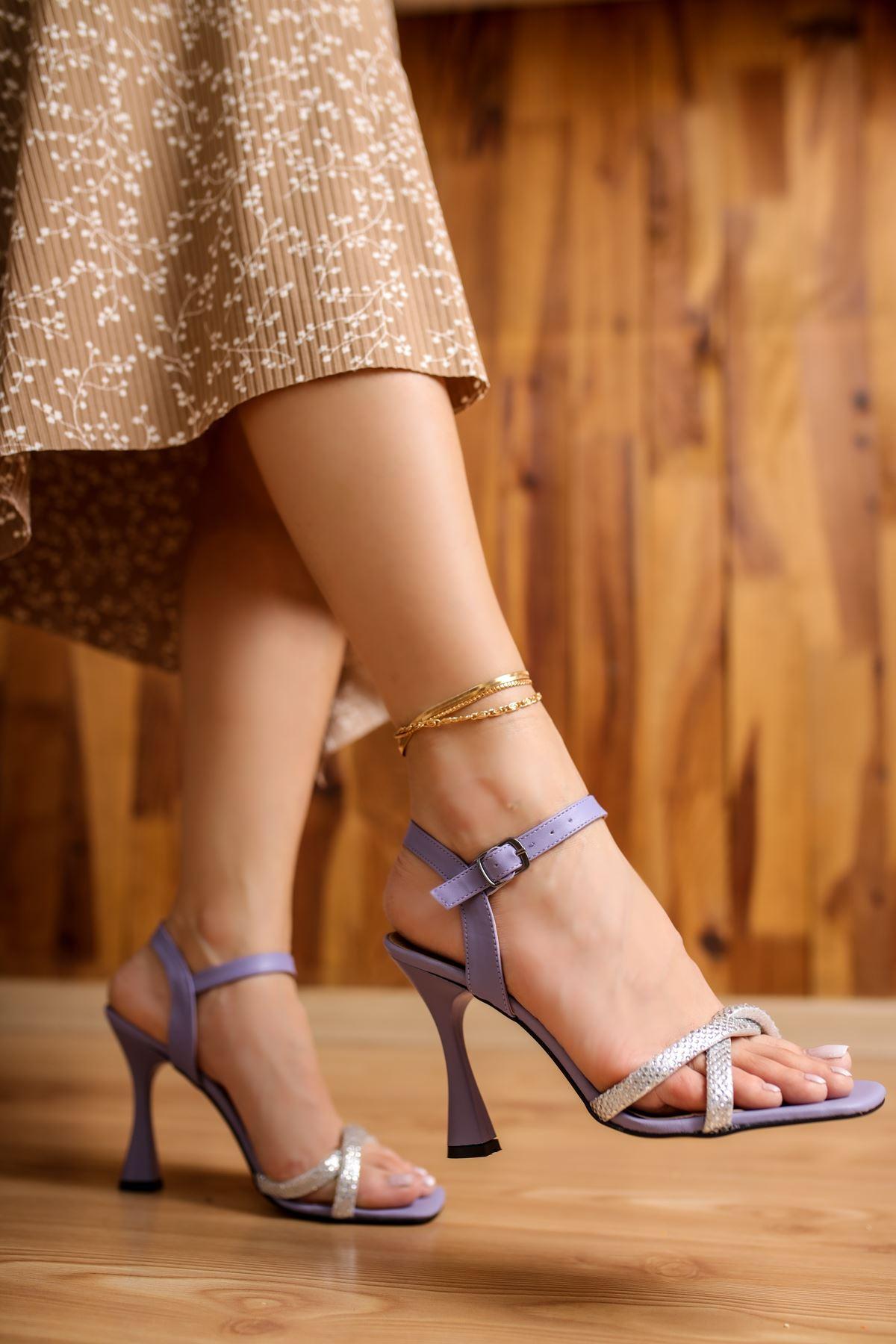 Edda Lila Mat Deri Taşlı Kadın Topuklu Ayakkabı