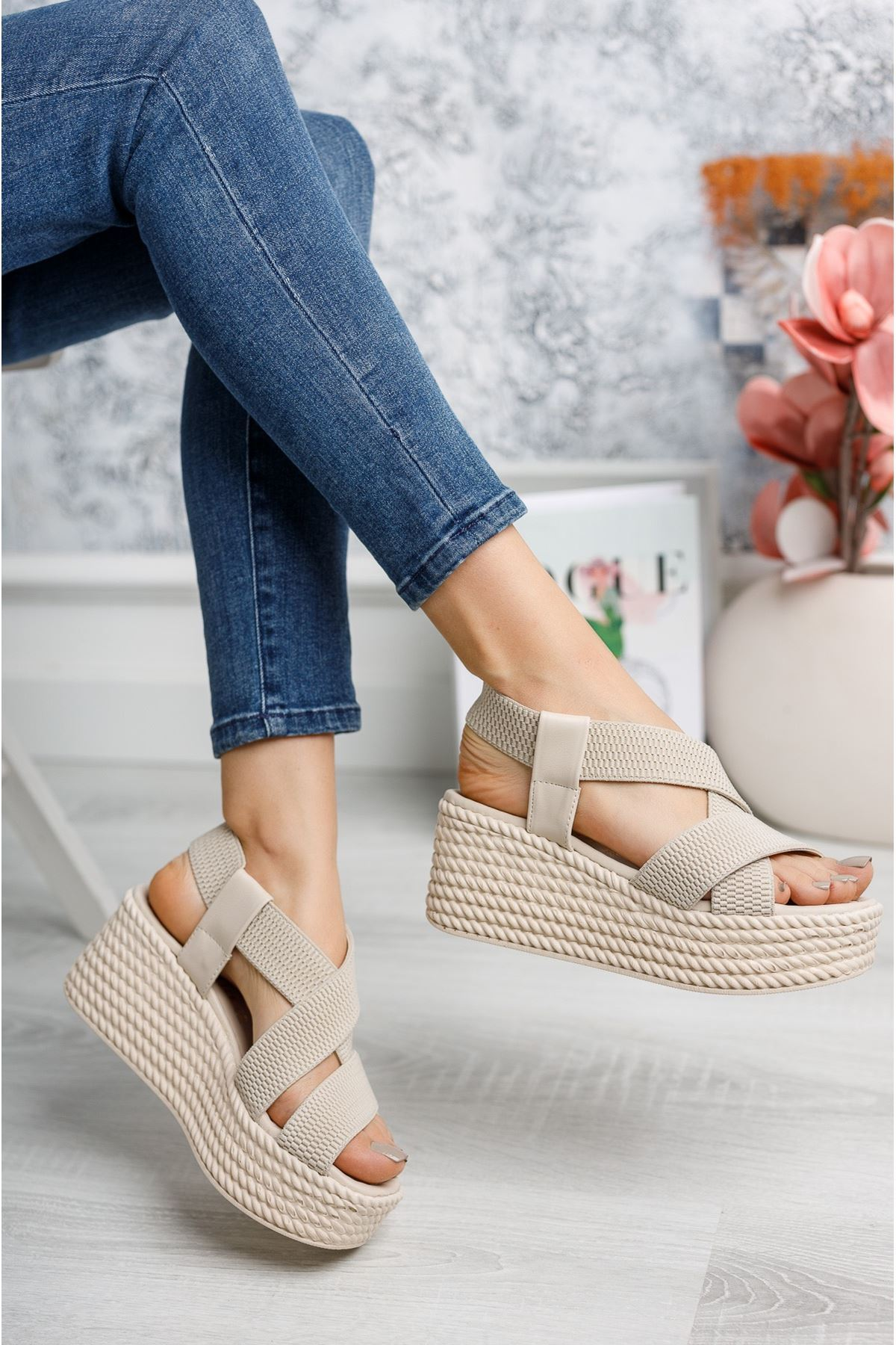 Allegra Vizon Dolgu Sandalet