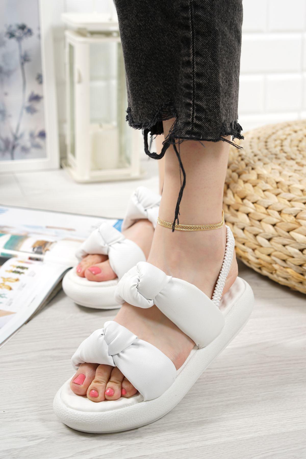 Lujina Beyaz Mat Deri Kadın Sandalet