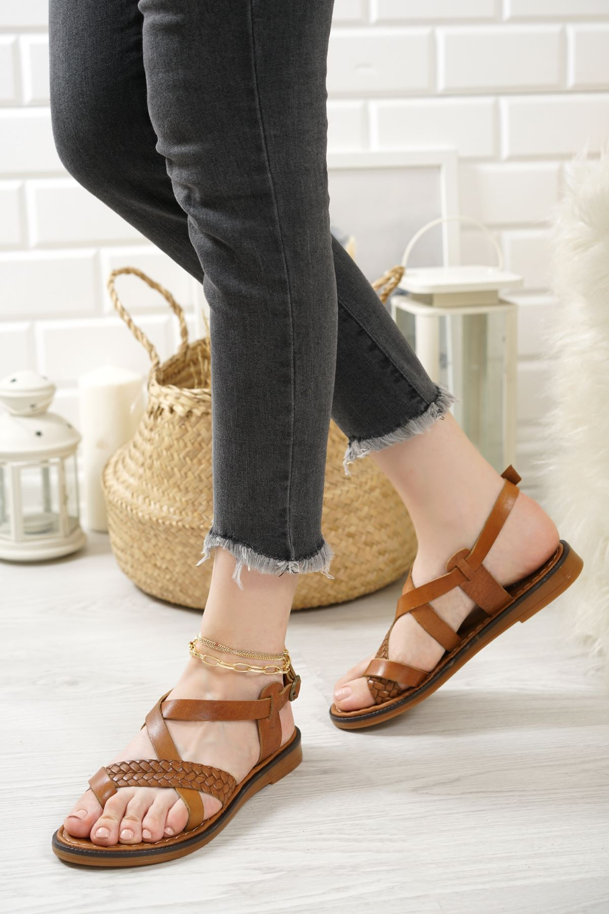 Magent Taba Hakiki Deri Kadın Sandalet