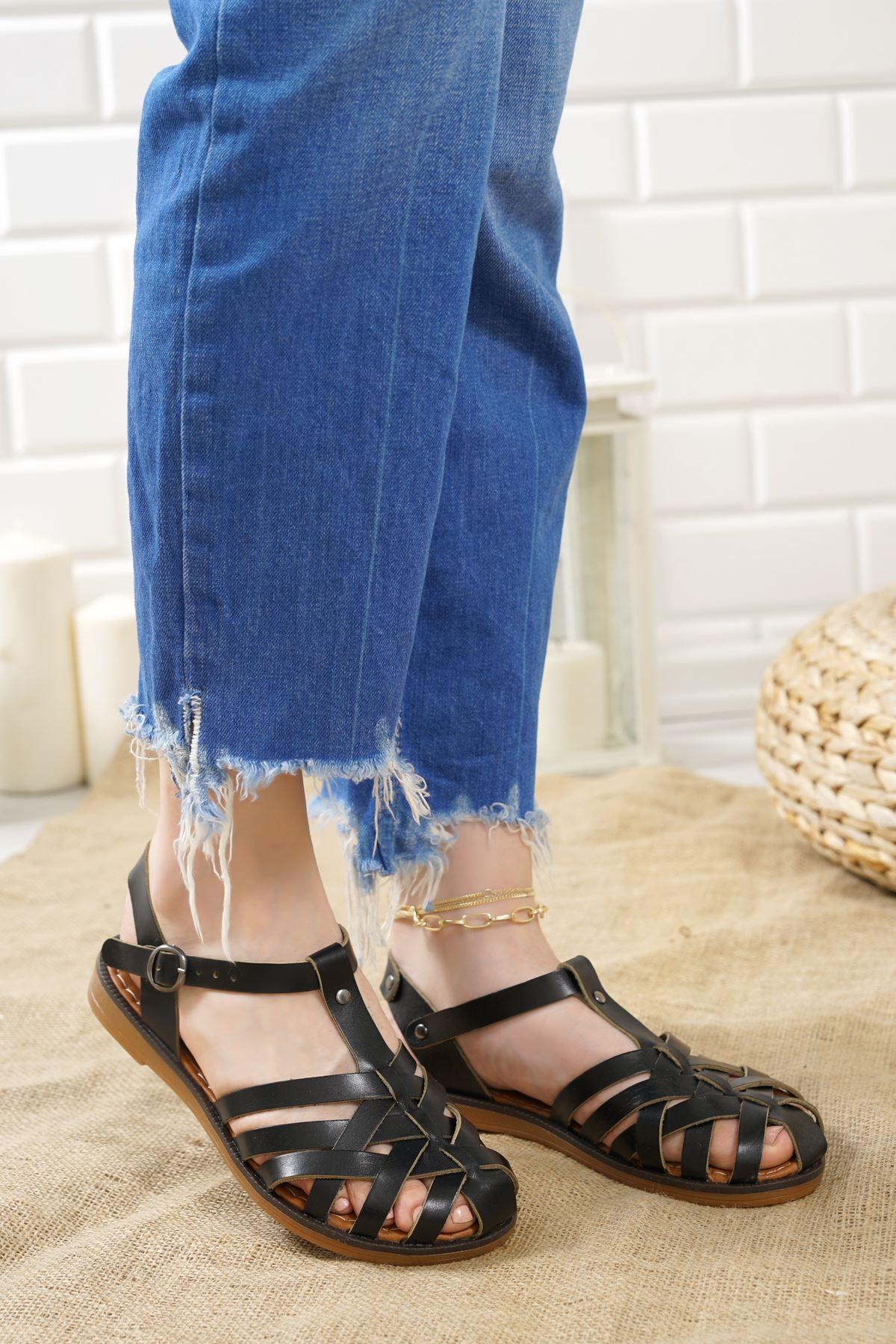 Gitano Siyah Hakiki Deri Kadın Sandalet