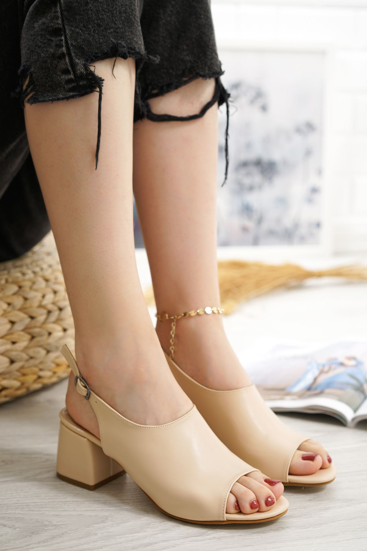 Afro Vizon Mat Deri Kadın Topuklu Ayakkabı