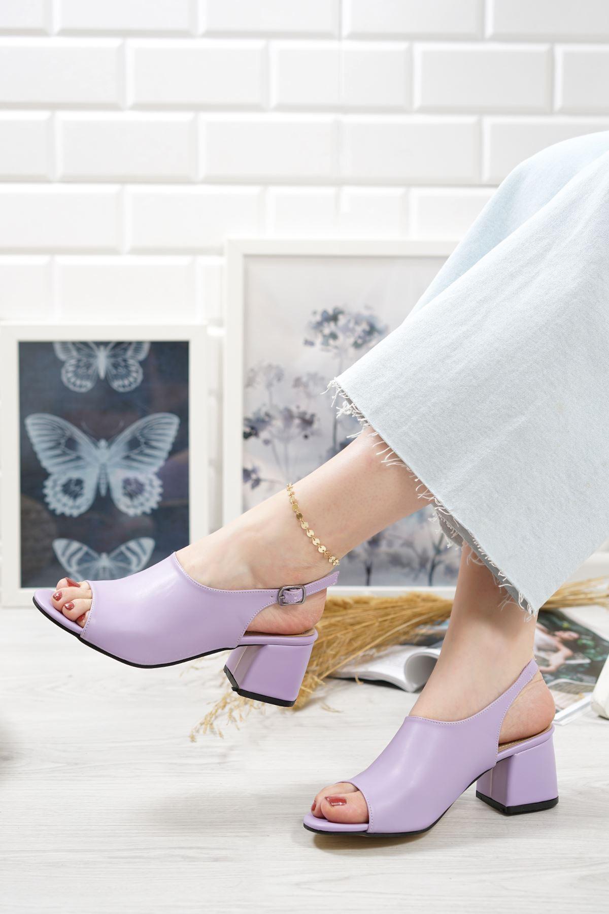 Afro Lila Mat Deri Kadın Topuklu Ayakkabı
