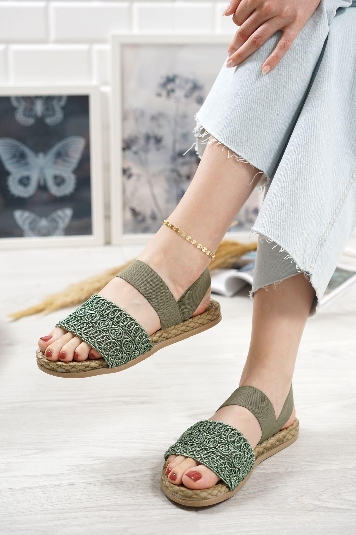 Carri Yeşil Dantel Lastikli Kadın Sandalet